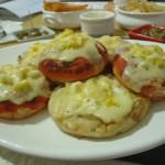 Pizzetas de tomate y cebolla