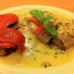Salmón con salsa de albahaca y vegetales