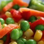 Verduras al plato con salsa mayonesa