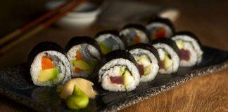 Receta de sushi fácil en 4 pasos